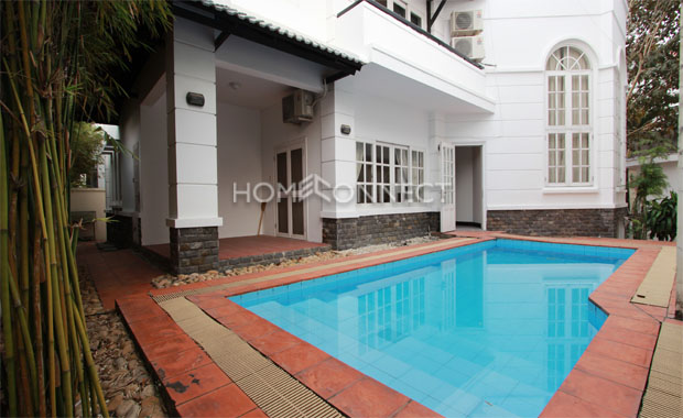Elegant Modern Private Villa for Rent in Tran Nao