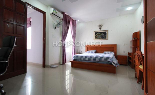 Cozy Mignon 4-Bedroom Villa for Lease in a Compound