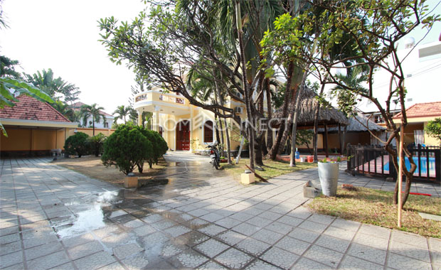 Grand Classical-style Villa for Lease in Thao Dien