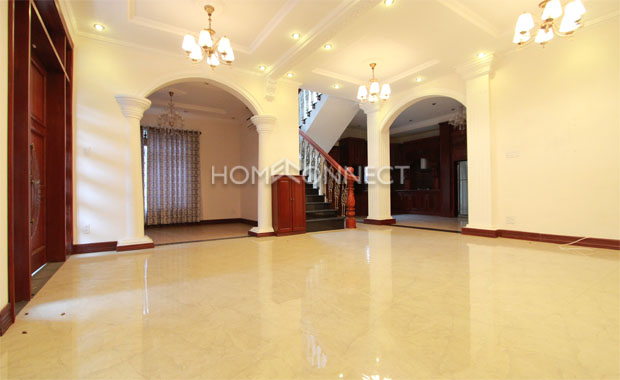 Majestic-style Villa for Lease on Xuan Thuy