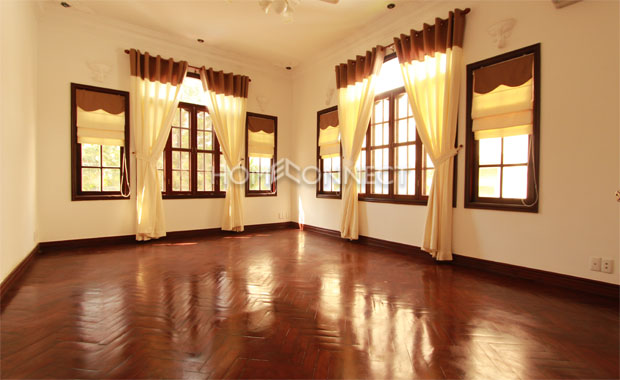 Big sized bedroom, house in Thao-Dien, district2