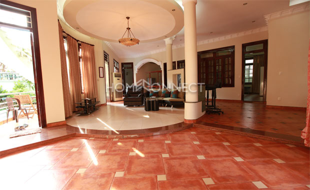 4-bedroom Eastern House With Private Swimming Pool For Rent