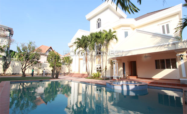 swimming-pool- for-rent-in-ho- chi -minh - city-vc020203