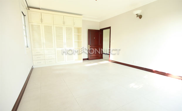 Beautiful Western Style Home Available For Rent In Compound