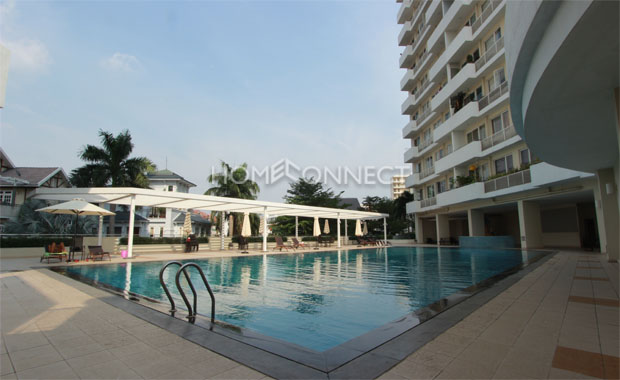 swimming-pool-apartment-for-lease-in-district7
