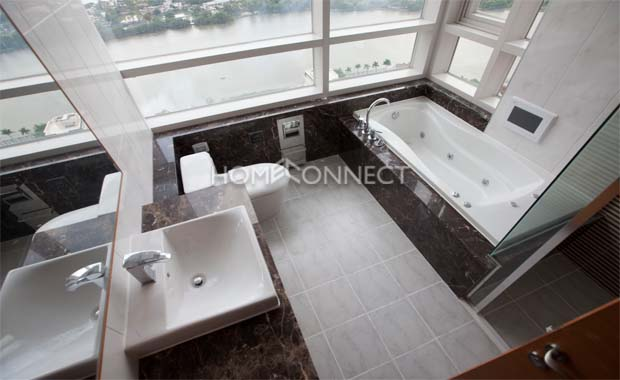 Newly Built Xi Riverview Condo for Lease