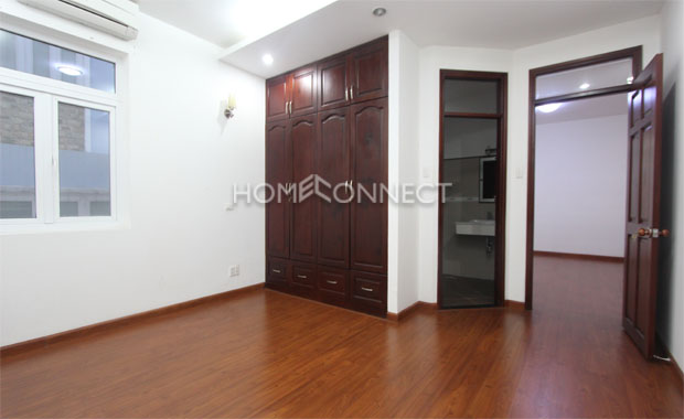 Modern 5-bedroom Home in for Rent in Thao Dien