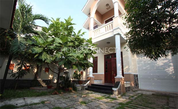 garden-house-for-rent-in-thao-dien-th020203