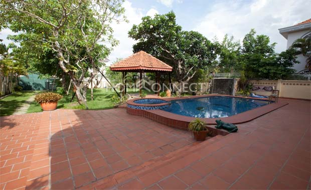 swimming-pool-house-for-rent-in-ho-chi-minh-vc020331