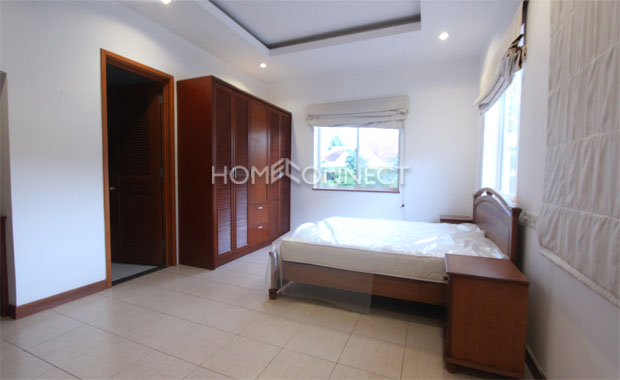 Amazing Tran Nao Home in Compound for Lease