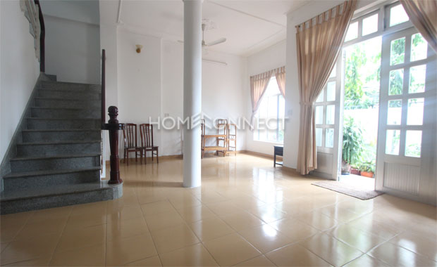 living-house-for-rent-in-thao-dien-th020344