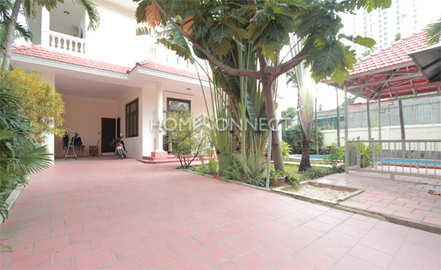 garden-house-for-rent-in-thaodien-pv020309