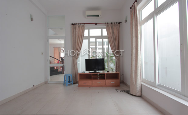 Dazzling Villa for Rent in Compound