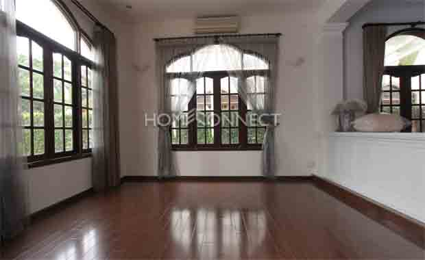 Immaculate Home in Compound for rent