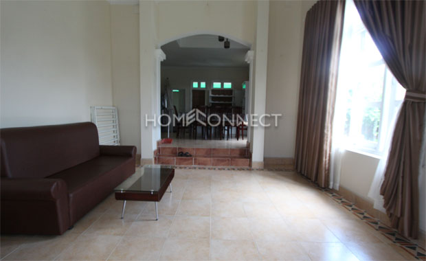 Charming Villa in Compound for Lease on Tran Nao