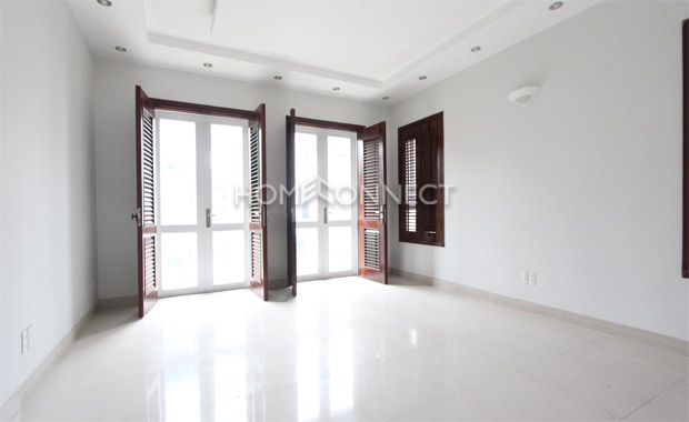 Brand-new Townhouse For Rent in Tran Nao