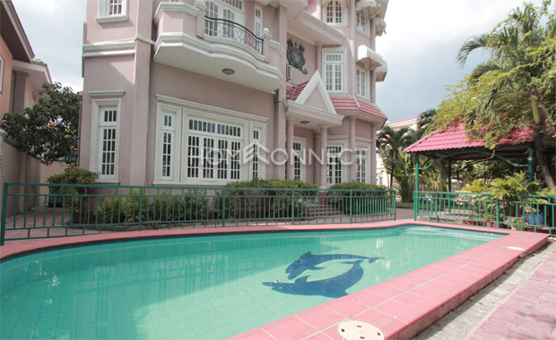 swimming-house-for-rent-in-district2-pv020511