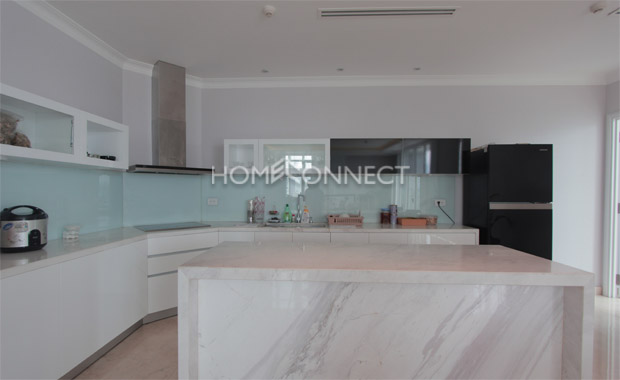 Luxurious Penthouse for Rent near Ben Thanh Market