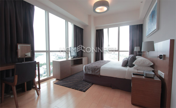 master-bedroom-aprtment-for-rent-at-the-vista-ap020240
