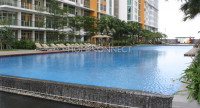 swimming-pool-apartment-for-rent-at-the-vista