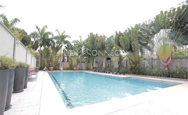 swimming-pool-serviced-apartment-for-rent-at-Ava