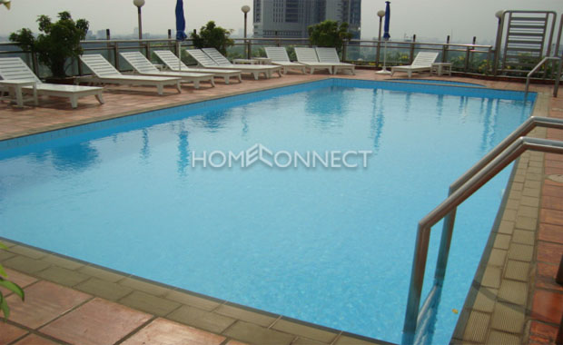 swimming-pool-serviced-apartment-for-rent-at Diamond-in-district1