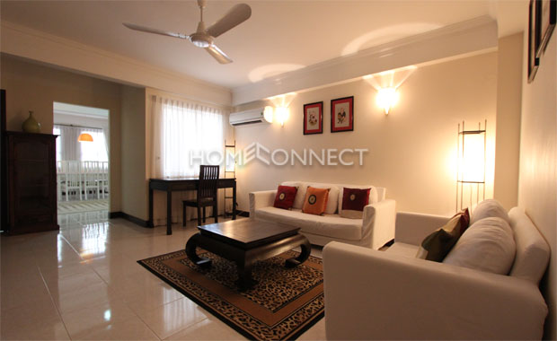 living-apartment-for-rent-in-district1-ap010087