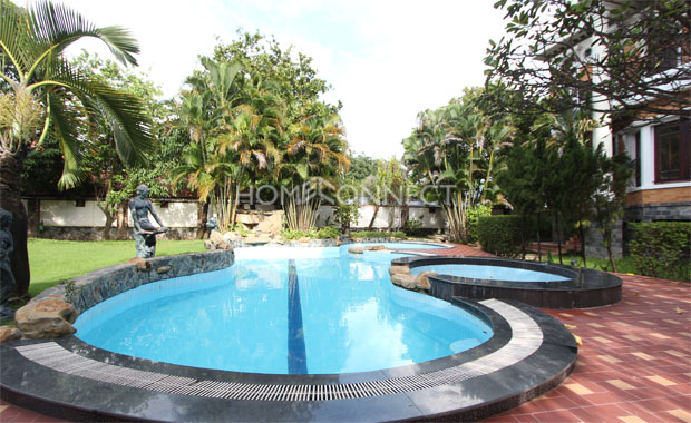 Villa for Rent with Beautiful Garden in District 2