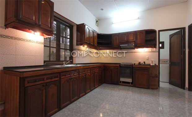 District 2 Stylish 4-bedroom Private Villa for Rent
