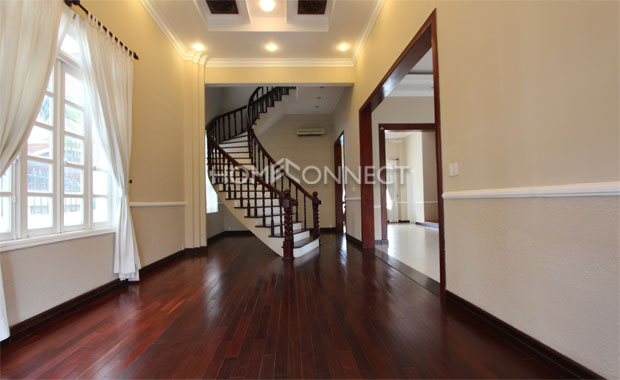 Charming Villa in Compound for Rent in District 2