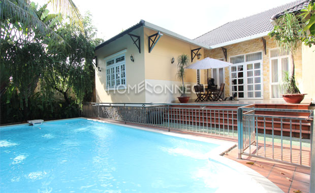 swimming-pool-house-for-rent-in-cat lai-pv020076