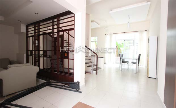 living-house-for-rent-in-hcmc-pv070128