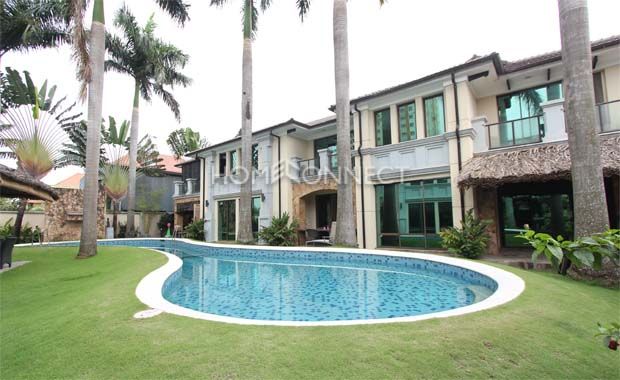 swimming-pool-house-for-rent-in-compound-pv020009