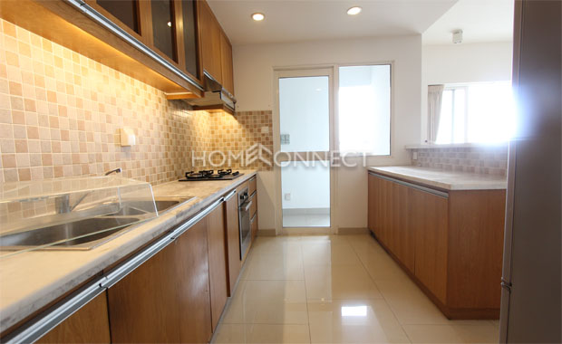 Bathroom-house-for-rent-at-river-garden-in-district 2-ap020149 (5)