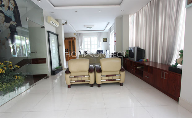 Living-house-for-rent-in-tran-nao-in-district 2-pv020525