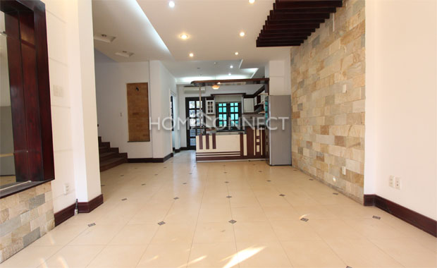 Living-room-house-for-rent-in-compound-in-district 2-vc020042