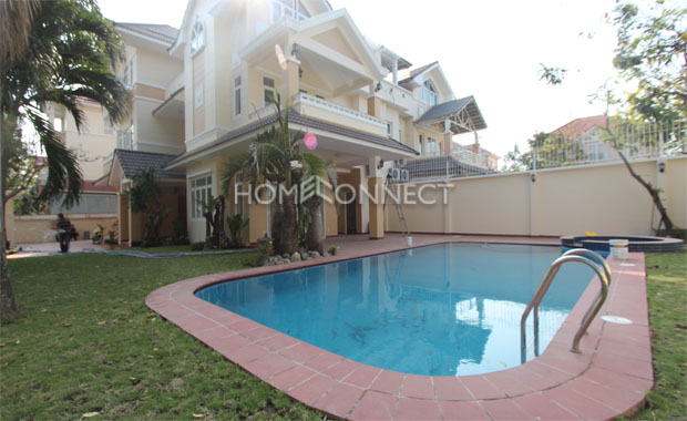 Swimming-pool-house-for-rent-in-district 2-vc020369