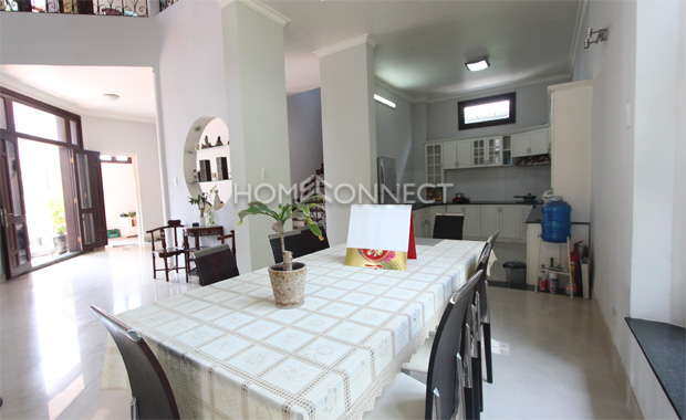 Bright Townhouse near Department Store in District 2