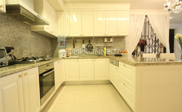 kitchen-apartment-for-rent-at-Cantavil-Hoan Cau-in-Binh Thanh-ap110423_4