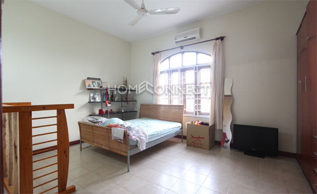 HCMC Cozy Townhouse for Lease in District 2