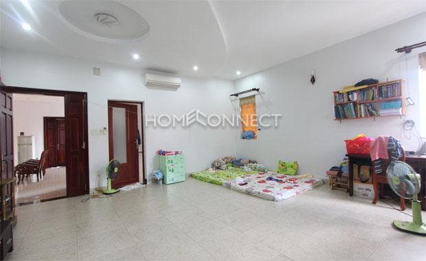 Tran Nao Private Villa for Lease in District 2