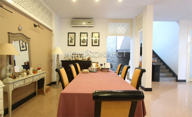 Tran Nao Fully-Furnished Townhouse for Rent in District 2