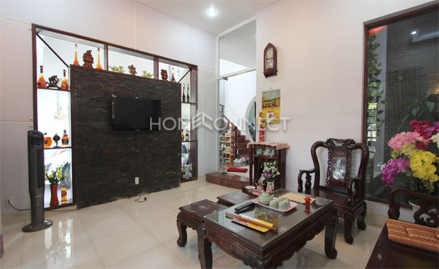 living-room 1-house-for-rent-in-district 2-th020355