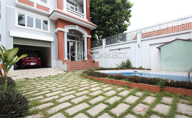 Front yard-house-for-rent-in-thao-dien-district 2-pv020065