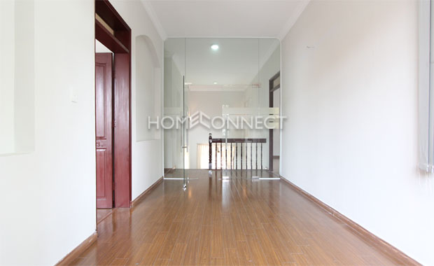 An Phu Modern Villa for Rent in District 2