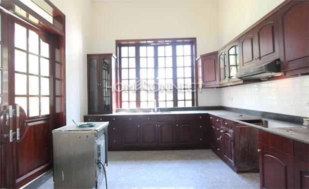 Cozy Green View Villa in Compound for Lease in District 2
