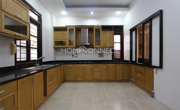 Nice HCMC Townhouse for Lease near BIS