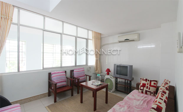 livingroom-townhouse-for-lease-in-district 2-th020261