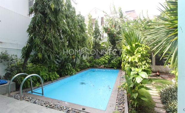 swimming-pool-small-compound-villa-for-rent-in-district 2-vc020320