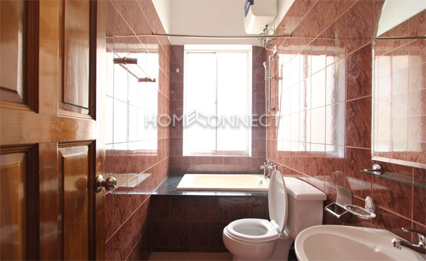 Bright Unfurnished Villa in Compound at Tran Nao for Lease-5341